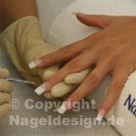 French Gel beim Nageldesign